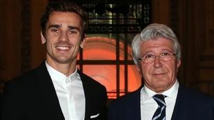 Antoine Griezmann (30) y Enrique Cerezo (73).