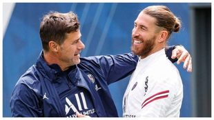 Pochettino saluda a Sergio Ramos