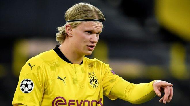 Haaland, durante un partido con el Dortmund