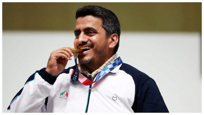 El medallista de oro Javad Foroughi