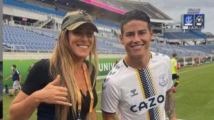 La sonrisa de la brasilera tras quedarse con la camiseta del...