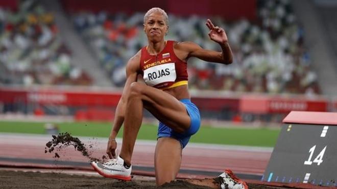 Yulimar Rojas en salto triple de Tokyo 2020.