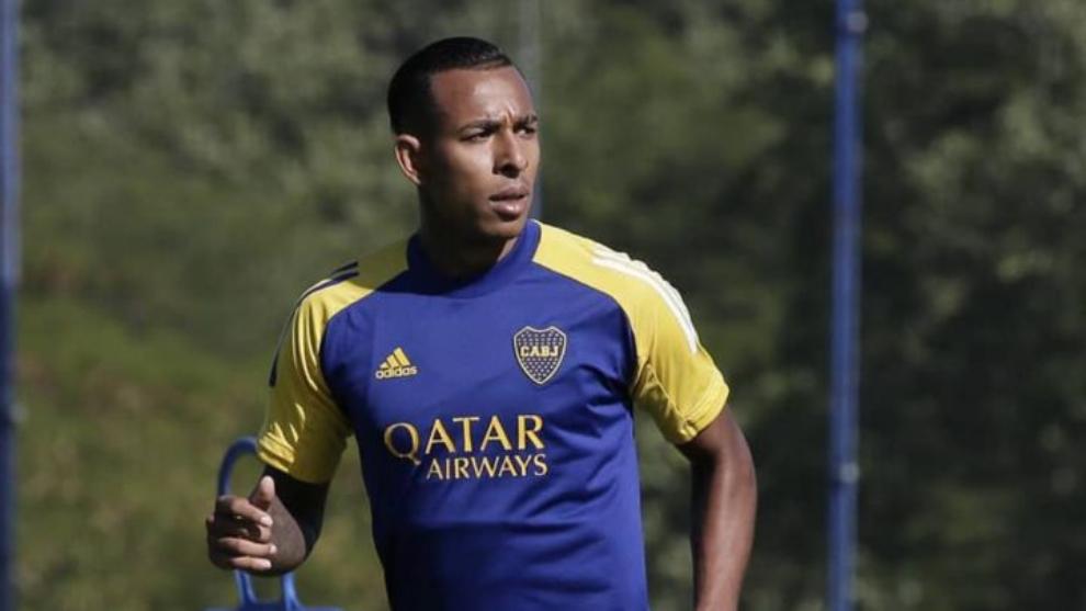Sebastián Villa, en un entrenamiento de Boca Juniors.