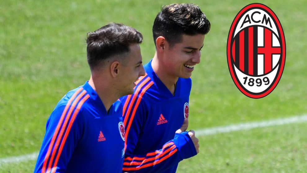 Santiago Arias y James Rodríguez, en un entrenamiento de la...