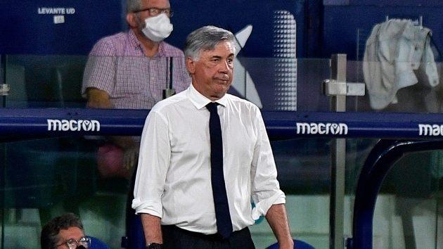 Carlo Ancelotti da la cara por Florentino y el Real Madrid ante los ...