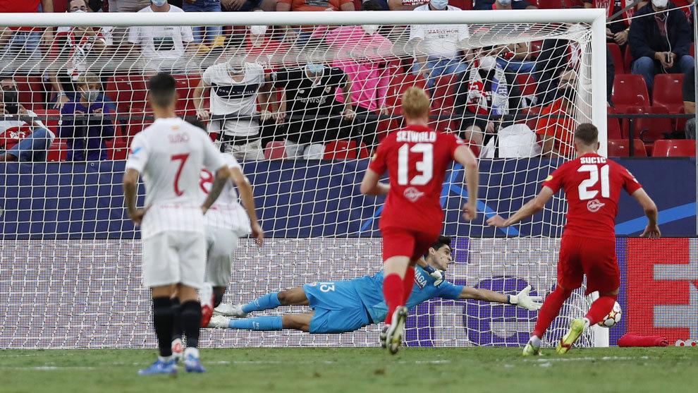 El Sevilla sobrevive en un partido de locos: ¡cuatro penaltis antes ...