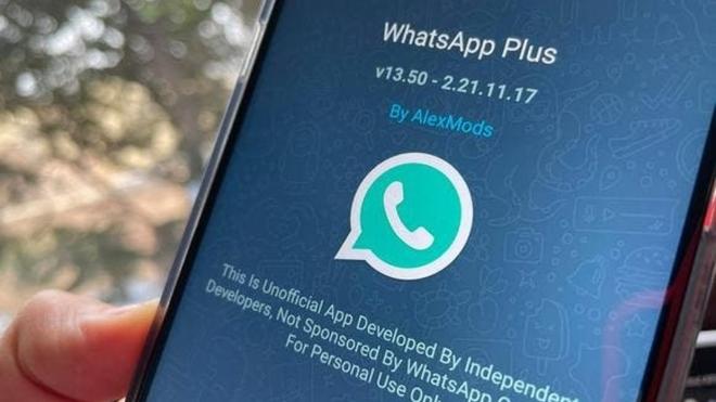 WhatsApp Plus 17.40: todas las herramientas que incorpora esta APK.