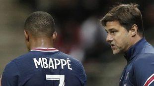 Pochettino da instrucciones a Mbappé