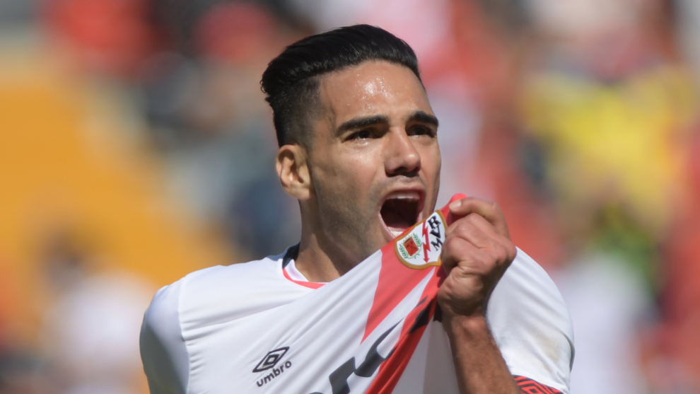Falcao García celebra su gol de debut con el Rayo Vallecano.