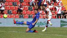 Falcao, en el momento de marcar su gol ante el Getafe