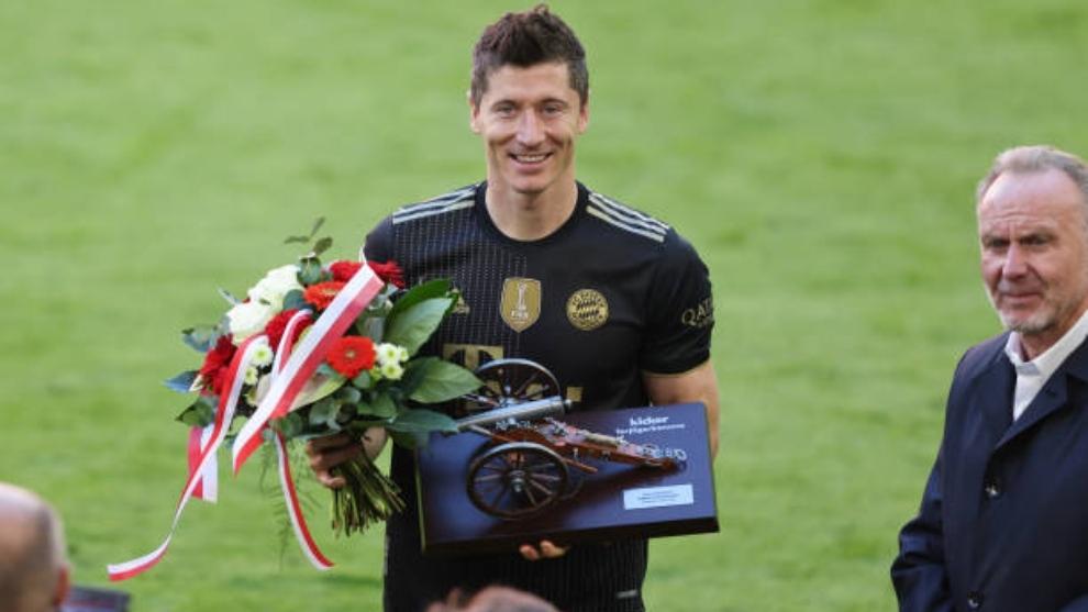 Lewandowski recibe la Bota de Oro y se acuerda de un jugador del Real  Madrid   MARCA Claro Colombia