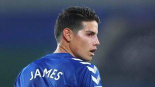 James, durante un partido con el Everton