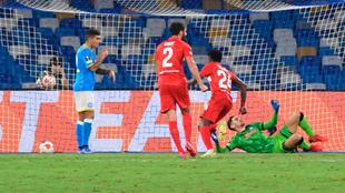 Meret cae en un gol del Spartak