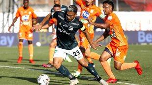 Teófilo Gutiérrez en Envigado vs Deportivo Cali
