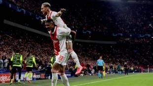 Haller y Anthony triunfando con el Ajax