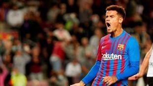 Coutinho celebra el último gol que marcó con el Barcelona