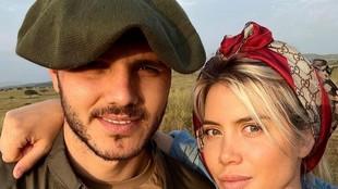 Mauro Icardi y Wanda Nara posan juntos