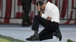 El proyecto de Juan Carlos Osorio se cae a pedazor. Vizzor Image